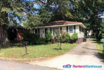 Main picture of House for rent in College Park, GA